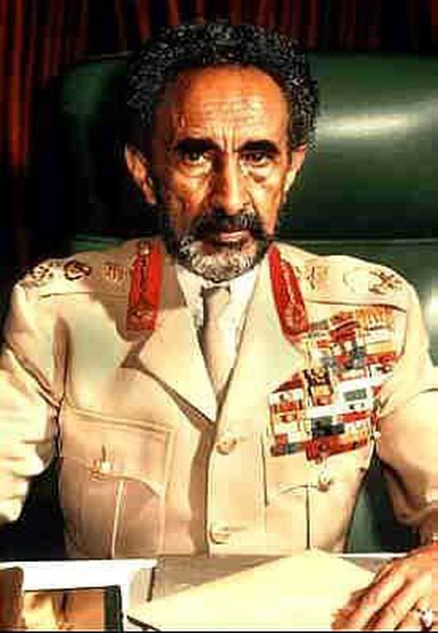Urge African Union to have Emperor Haile Selassie Rightful Place in History
