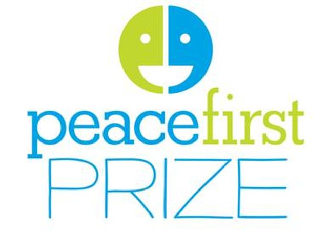 Youth peacemakers! Apply for a $50,000 Peace First Prize by April 12!
