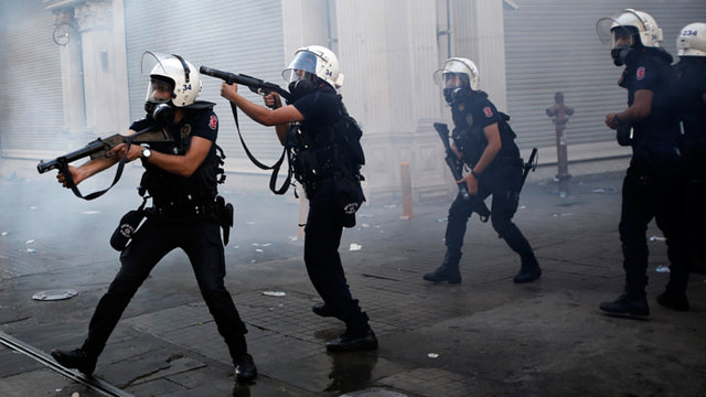 Stop police violence against Turkish protestors