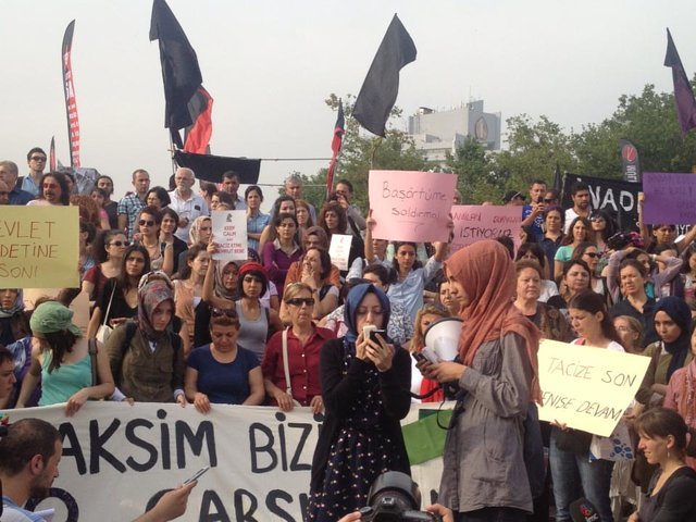 Follow #OccupyGezi: the revolution will be tweeted!