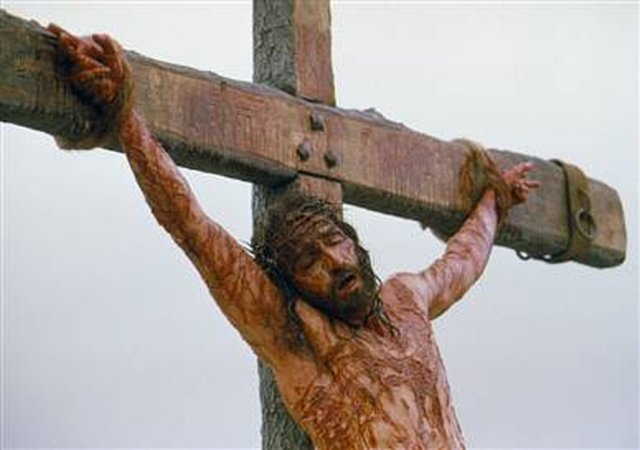 Let us unite in prayer at 3 o'clock the time our Lord Jesus died for us