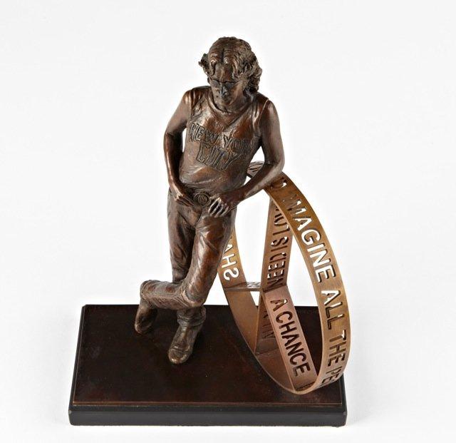 Help erect a statue of JOHN LENNON in New York City