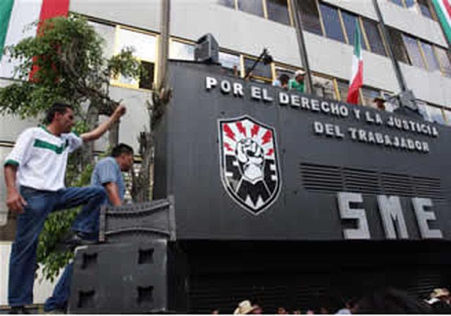UN MILLON DE FIRMAS EN APOYO AL AMPARO DIRECTO OTORGADO AL SINDICATO MEXICANO DE ELECTRICISTAS y su