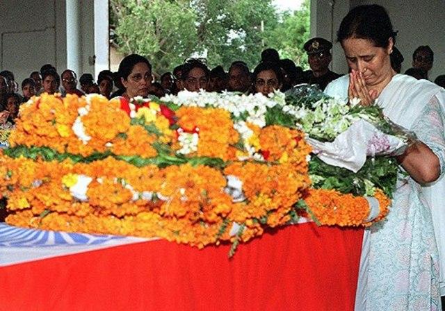 support Tripta Thapar - mother of a Kargil war hero