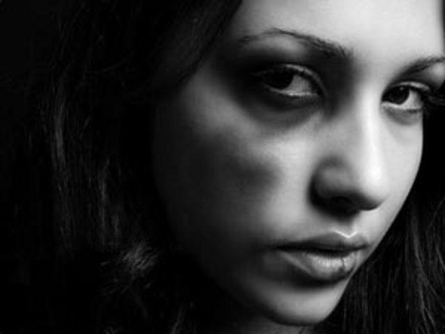 Stop stalking: azioni concrete per aiutare chi è vittima
