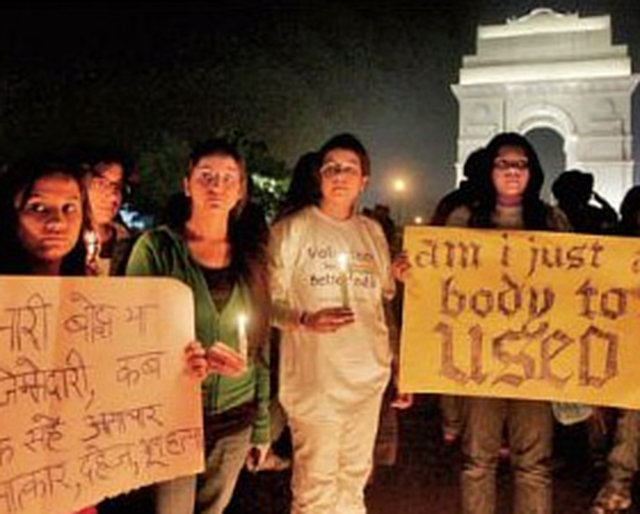 Demanding death penalty for delhi gangrape case