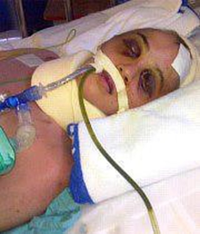 Delhi gang rape victim dies.. don't hang those culprits hand them over to YOUTH..!!
